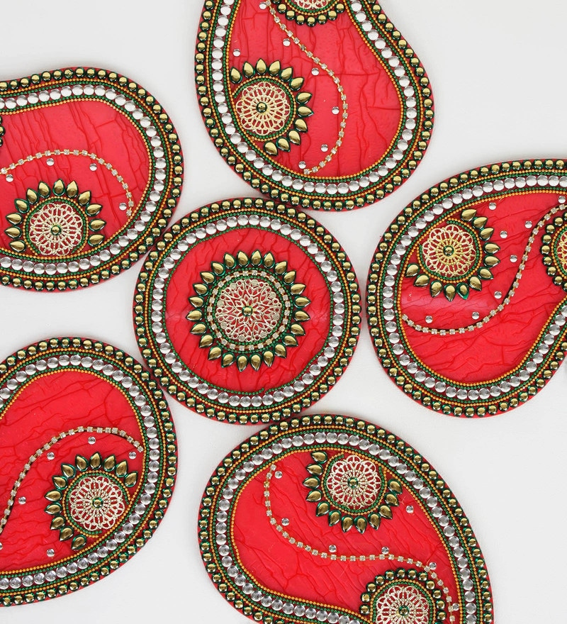 Red & Green Plastic & Acrylic Stunning Paisley Design Rangoli Art Piece by  Aapno Rajasthan
