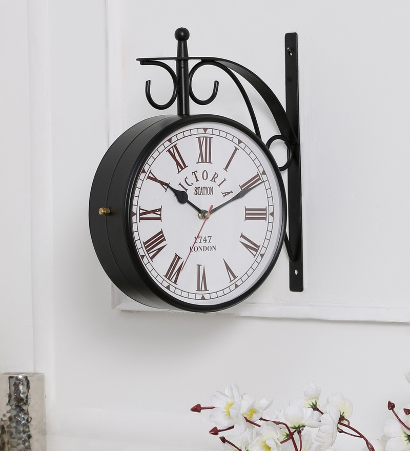 Anantaran Black Metal 10.3 x 4 x 11 Inch Replica Double Side Station Wall Clock