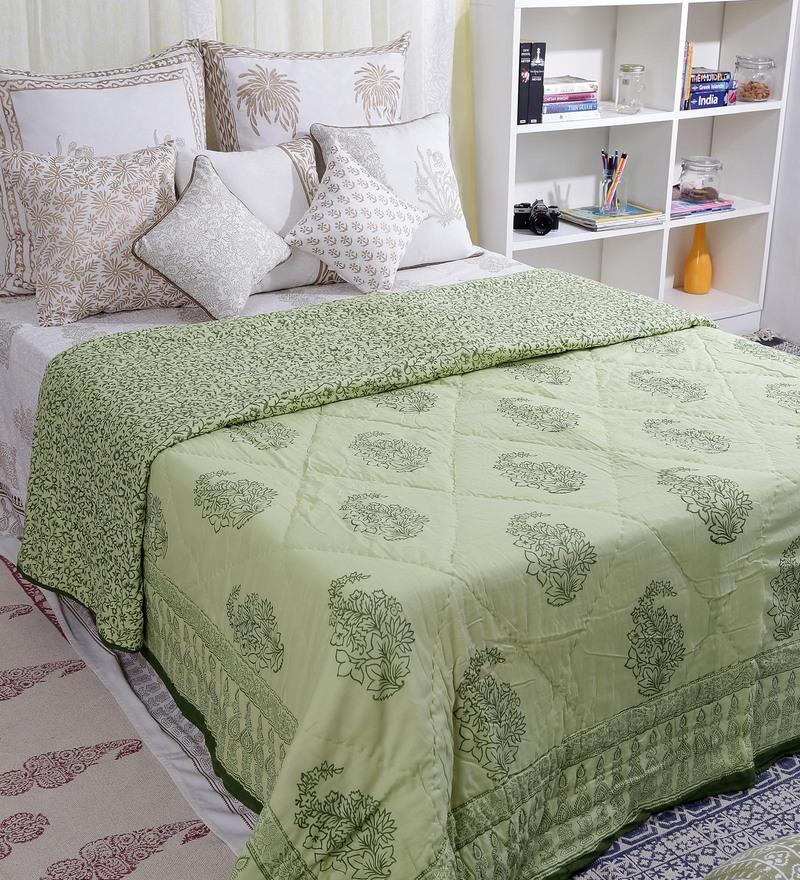 Multicolour Cotton Queen Size Quilt by Bana