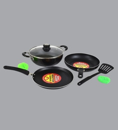 Black Diamond Non Stick & Induction Based Cookware Combo With Lid - Set Of 4