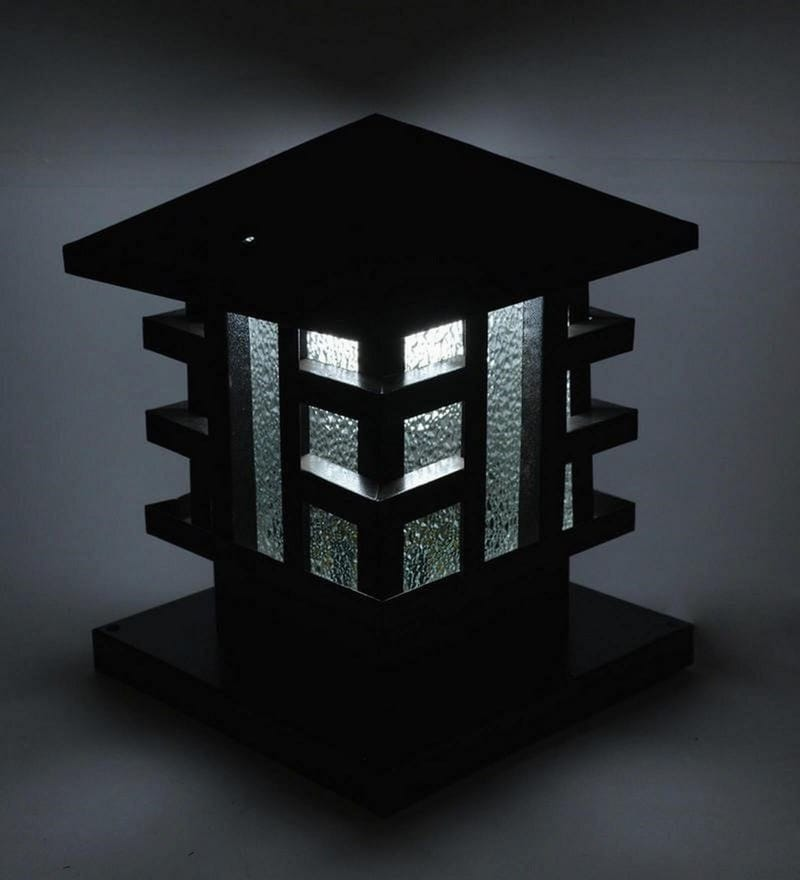 Black Hut Gate Light by New Era