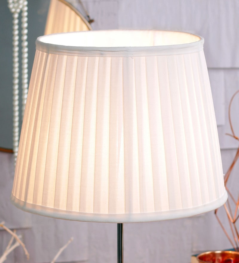 Parsi Off White Lamp Shade by Courtyard
