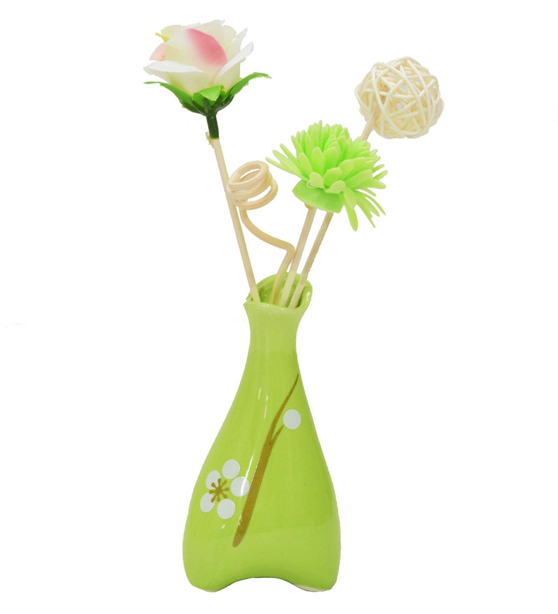 Green Floral Reed Sticks Aroma Oil Diffuser by Stybuzz