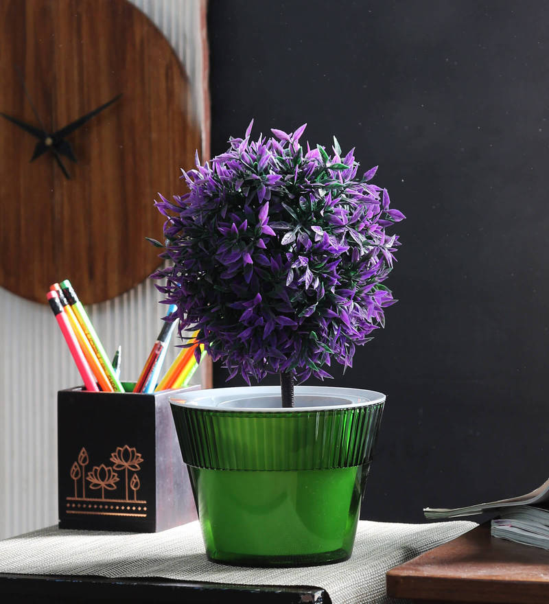 Flower Pot in Green by Herevin