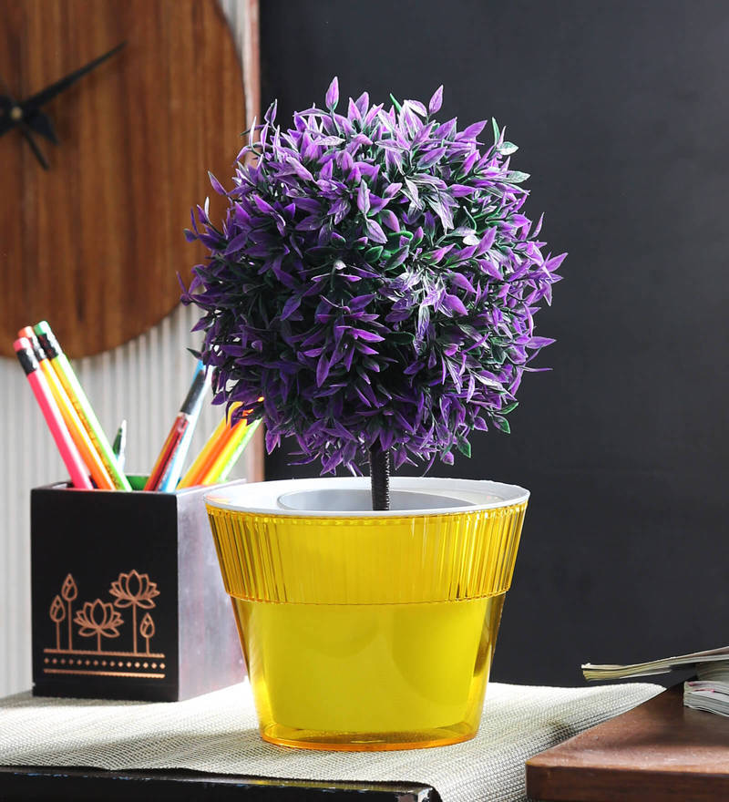 Flower Pot in Yellow by Herevin