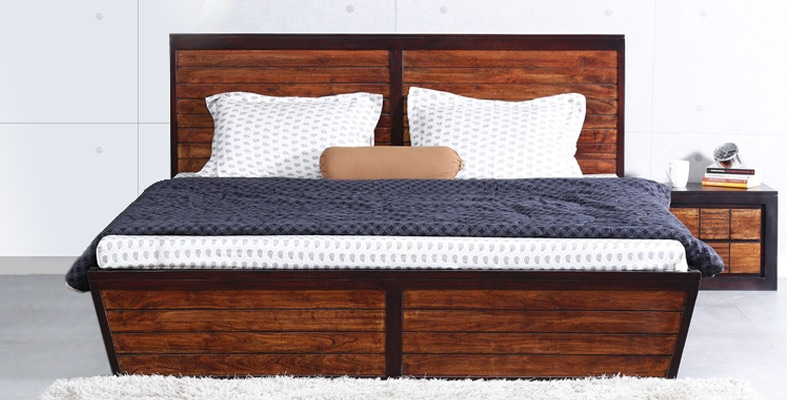 Trenton King Size Bed in Dual Tone Finish by Woodsworth