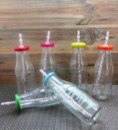 Importwala Glass & Plastic 500 ML Country Bottles With Coloured Lids & Straws - Set Of 6