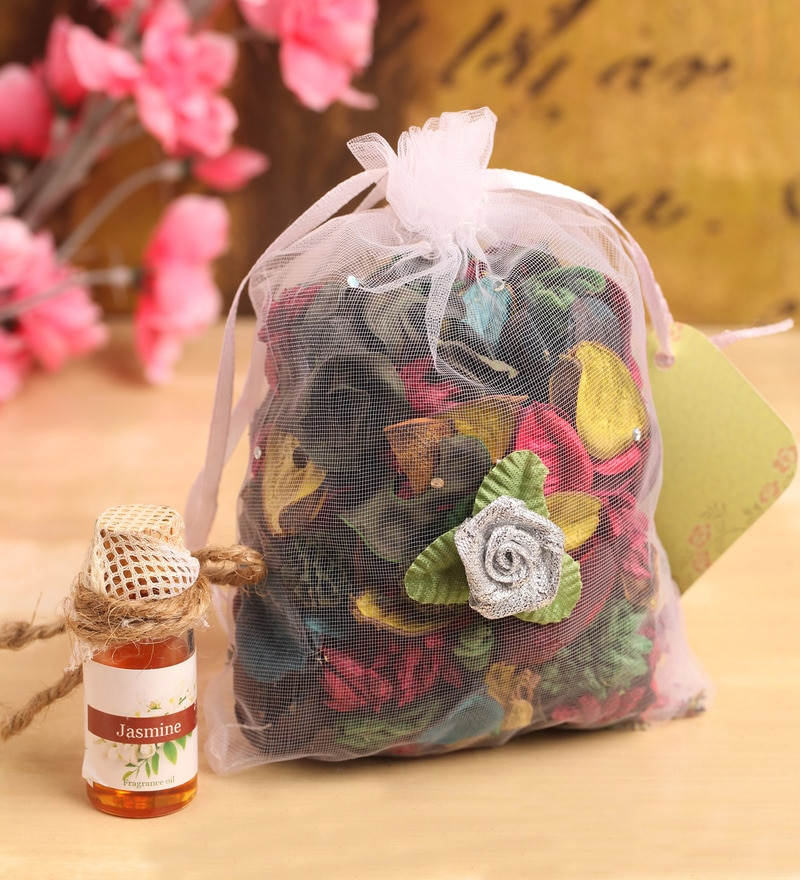 Jasmine Natural Potpourri & Oil Freshener by Itiha