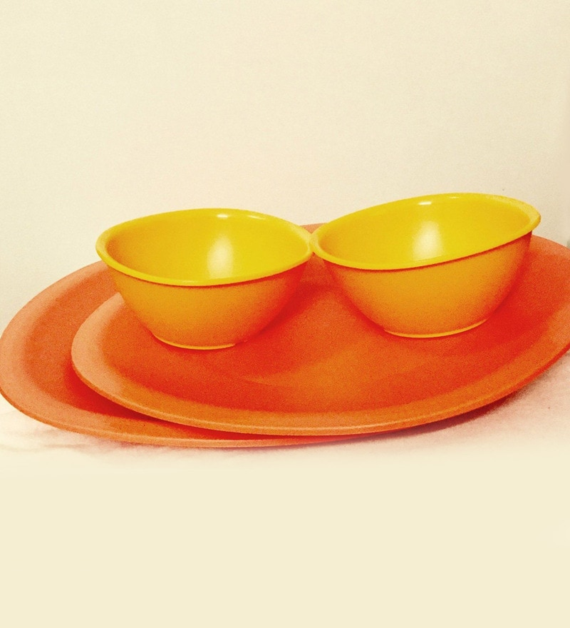 Legacy Plastic Dinner Set - Set of 8 by Tupperware