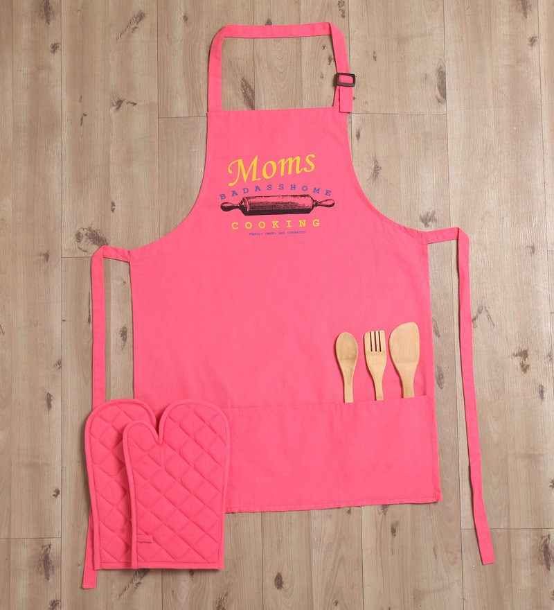 Lushomes Witty Moms Cooking Pink Cotton Apron with 2 Oven Mittens