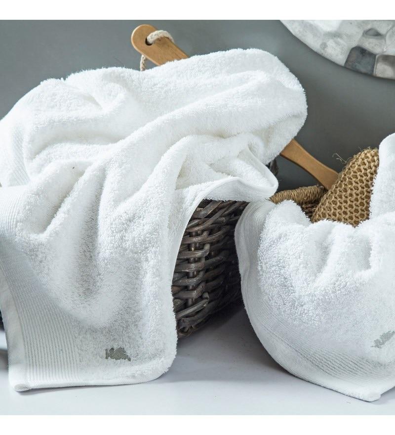 White 100% Cotton 28 x 56 Medium Towel by Maspar