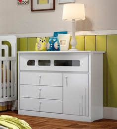 McJose Chest Of Four Drawers In White Finish