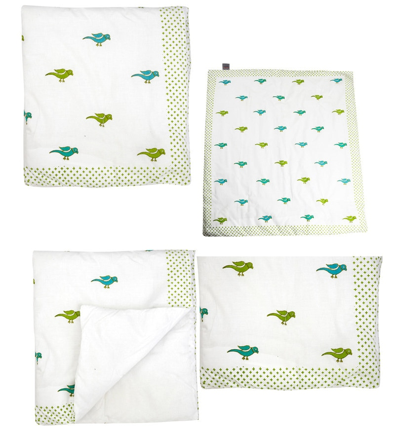 Offwhite Peacocks,Birds Print Baby Quilt in White Colour by Cocobee