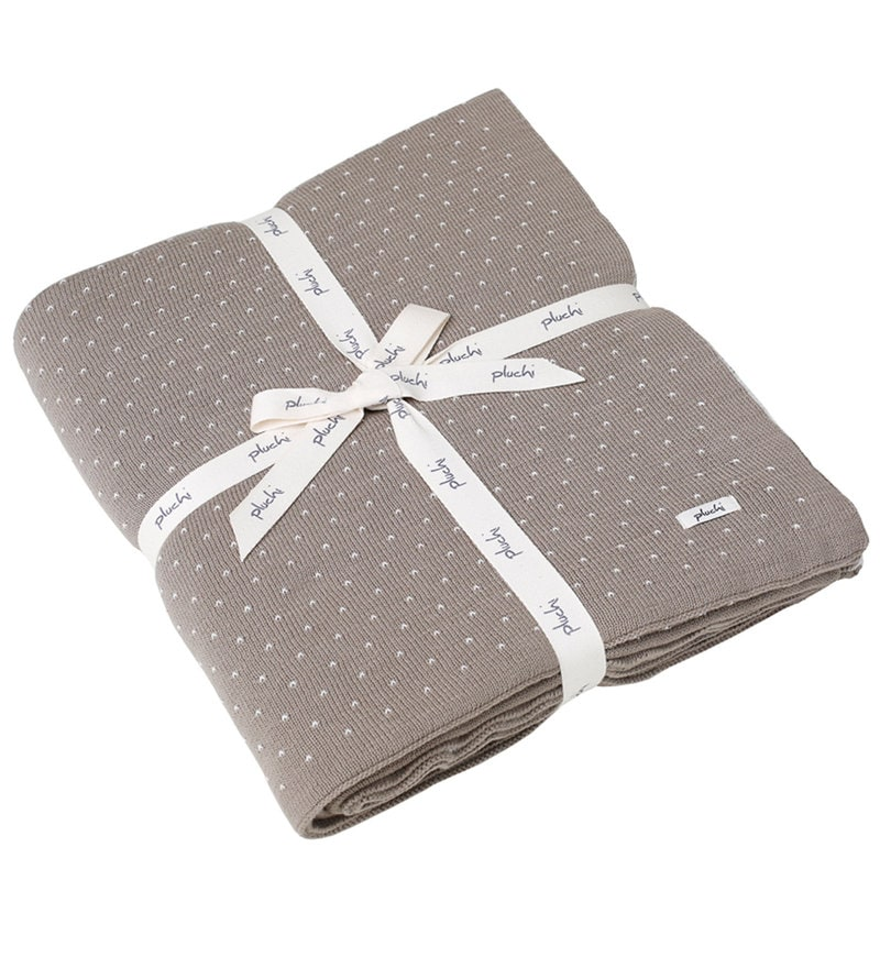 Dots of Love Knitted Single-Size Throw Blanket by Pluchi