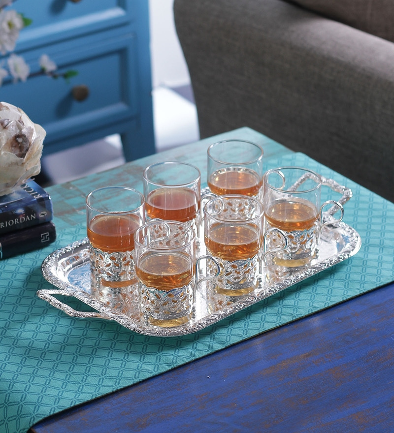 Queen Anne Silver Metal 7-piece Glass and Serving Tray Set