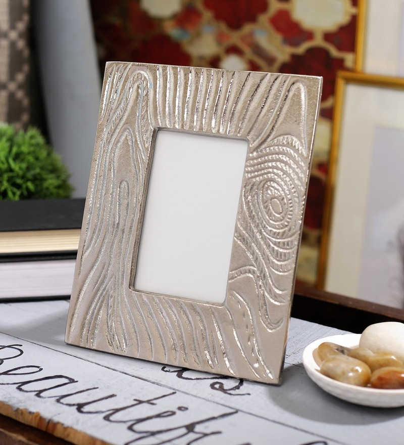 Silver Aluminium 9.5 x 1 x 8 Inch Hammered Photo Frame by SWHF