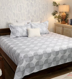 Geometric Pattern 200TC Cotton Queen Size Bed Sheet With 2 Pillow Covers ...