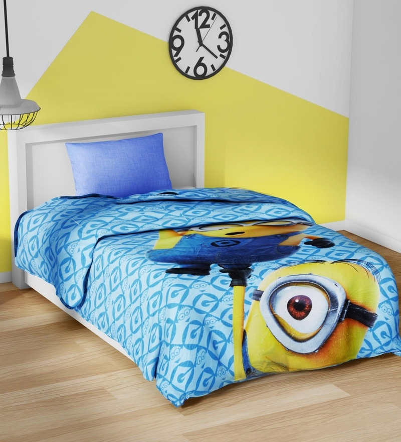 Spaces Sky Blue 100% Cotton 59 x 87 Inch Universal Minions Single Comforter