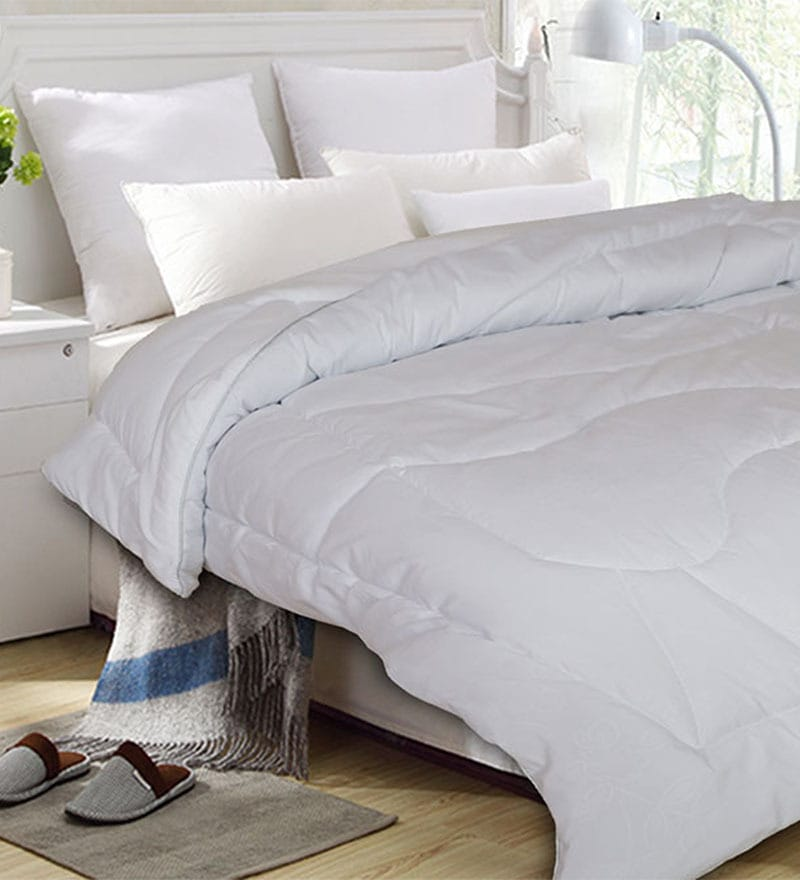 Anti Radiation White Microfibre Abstract Single Quilt by St. Cloud