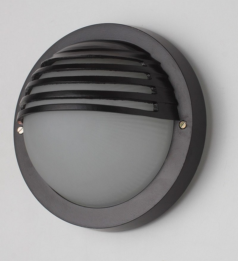 Bulkheads BUL20 by Superscape Outdoor Lighting