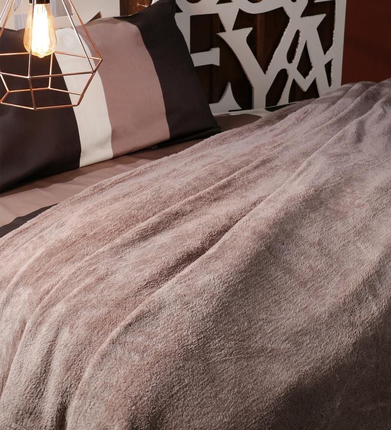 Cream Fleece Double Size Blanket by SWHF