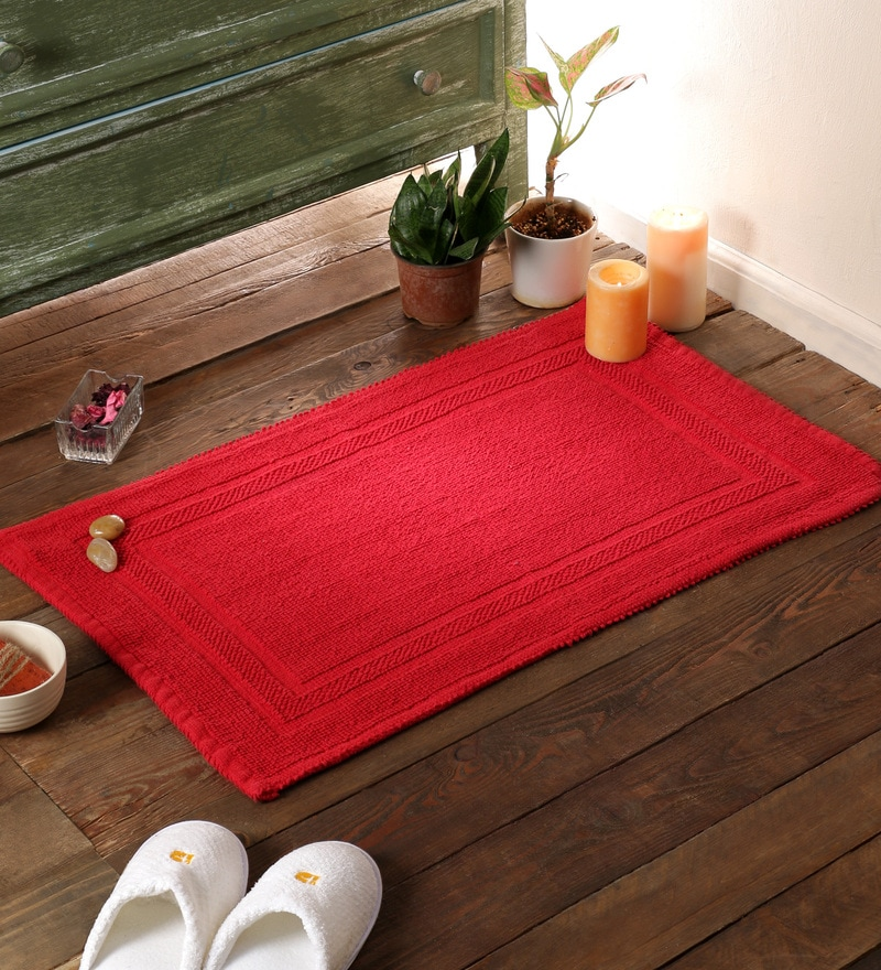 Red Cotton 31 x 20 Bath Mat by SWHF