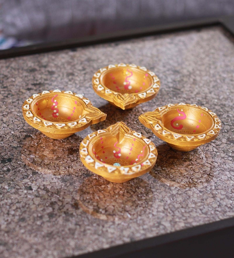 Multicolour Floating Diyas - Set of 4 by Tanariri Hastakala