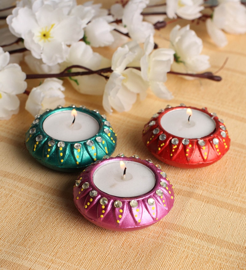Multicolour Diya - Set of 3 by Tanariri Hastakala