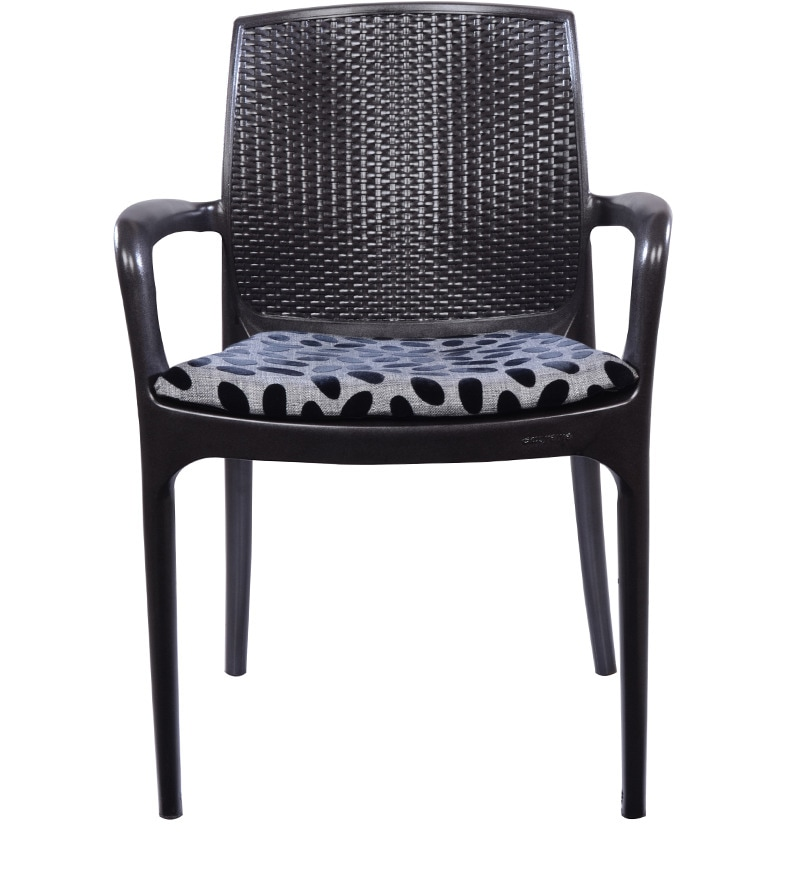 Texas Deluxe Arm Chair In Black Colour By Supreme By