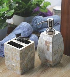 VarEesha Off White Sea Shells & Acrylic Curvy Soap Dispenser With Brush Holder - Set Of 2