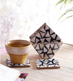 Vareesha Sea Shells Triangle Coasters With Holder - Set Of 6