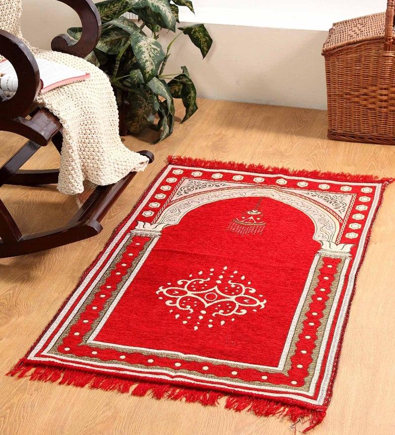Red Velvet 46 x 27 Inch Traditional Prayer Mat by Valtellina