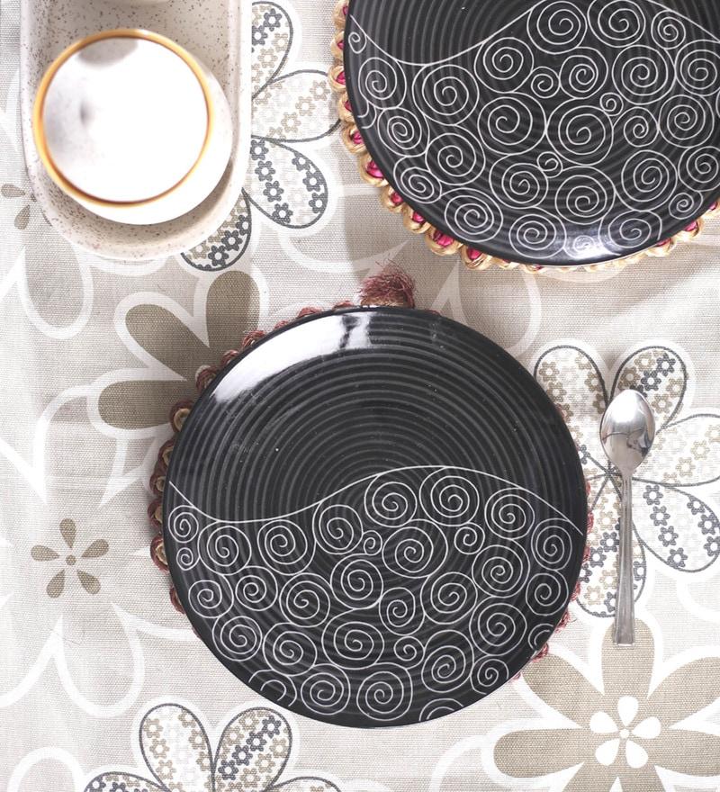 VarEesha Hand Crafted Black Ceramic Quarter Plates - Set of 6