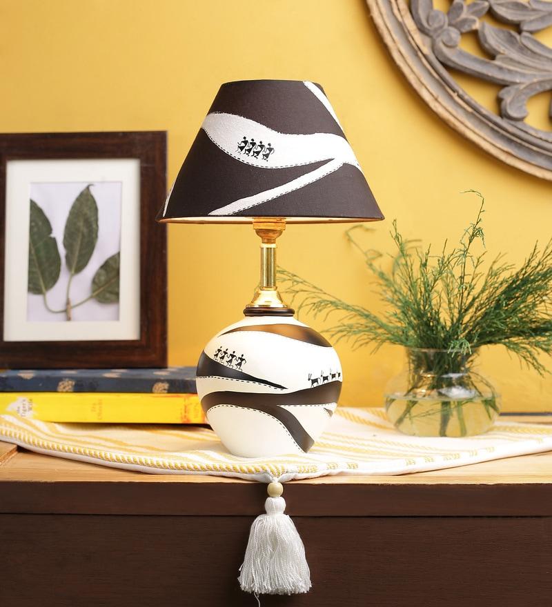 White & Black Fabric Table Lamp by VarEesha
