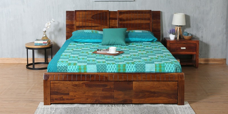 Verkko Solidwood King Bed with Drawer Storage in Warm Rich Finish by Woodsworth