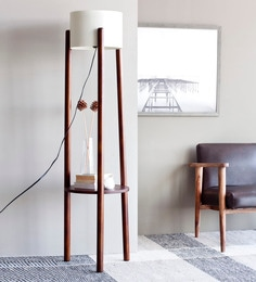 White Iron Ranna Floor Lamp
