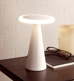 White Metal Ines Table Lamp