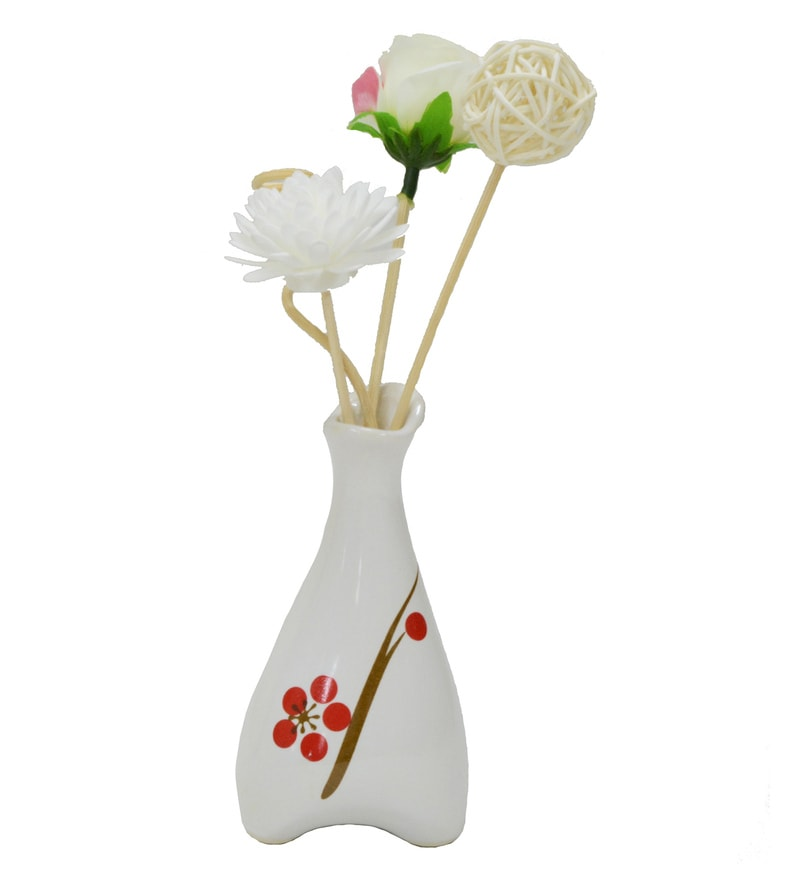 White Floral Reed Sticks Aroma Oil Diffuser by Stybuzz