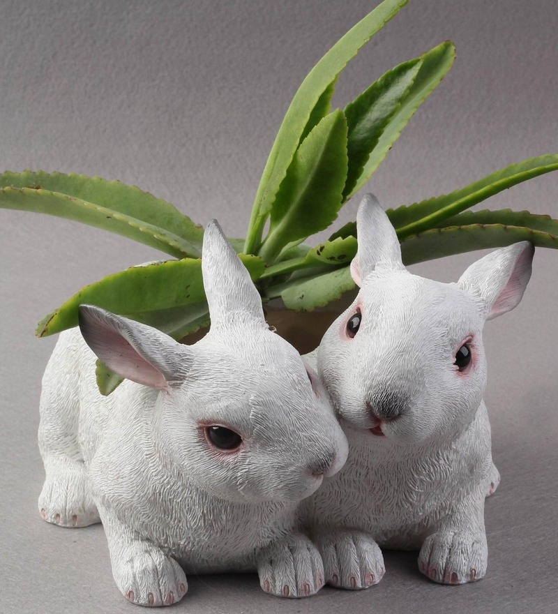 White Resin Two Rabbit Decorative Planter by Wonderland