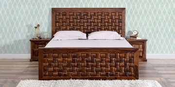 Woodway Queen Size Bed In Provincial Teak Finish